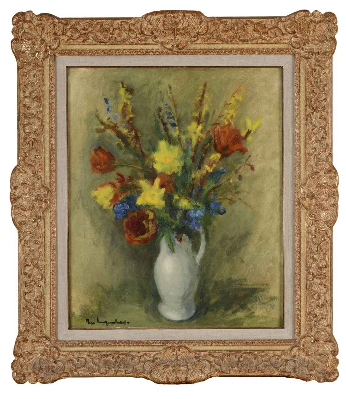 "Theo Swagemakers ""Voorjaarsbloemen in vaas""; olieverf op doek"